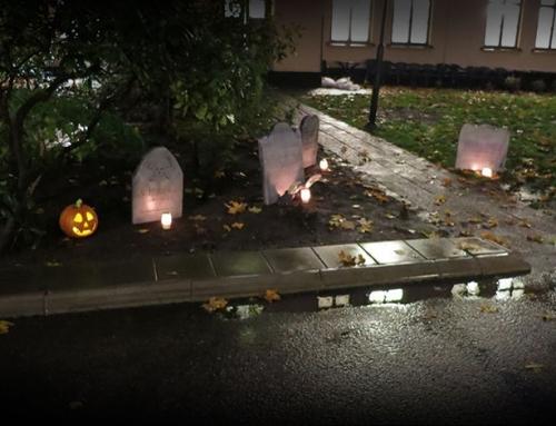Så gör du gravstenar till Halloween
